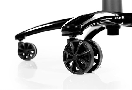 AKRACING Black Wheels (5 pieces)